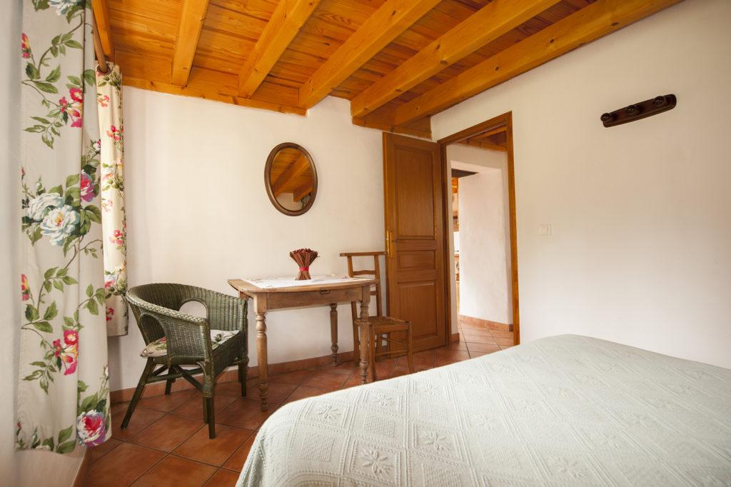 Chambre 1 au cellier des carabins en savoie Montblanc