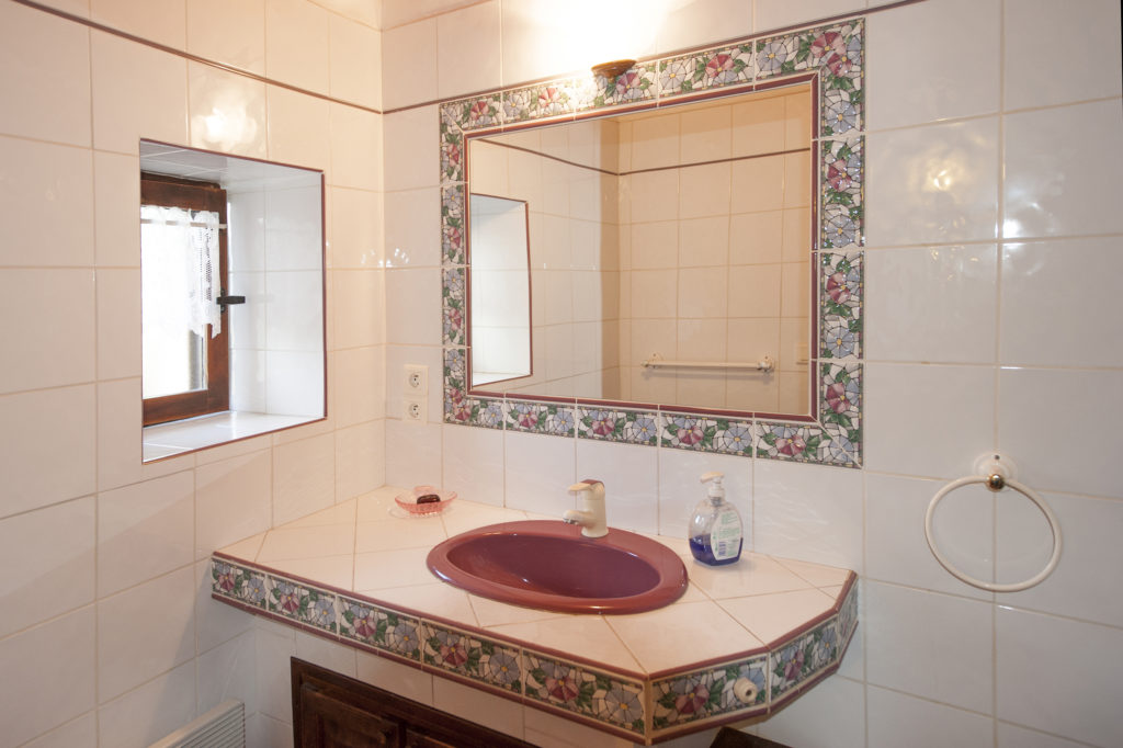Cellier des Carabins, salle de bains